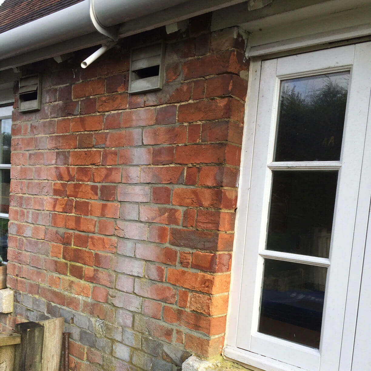 Penetrating Damp in Swindon Wiltshire